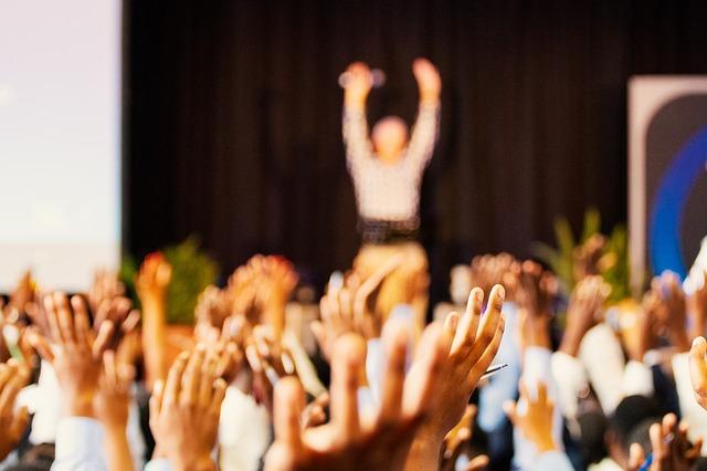 Kurumsal Eğitim: Toplluk Önünde Etkili Konuşma